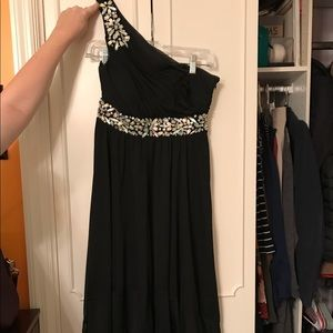 Black High/Low Formal Dress